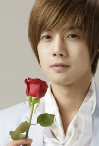 hyung_joong_fans3